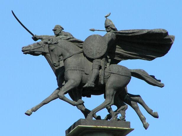 Pomnik Jazdy Polskiej Grzegorz Polak , CC BY SA 2.0 / wikipedia