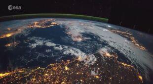 Film poklatkowy Ziemi ze stacji kosmicznej